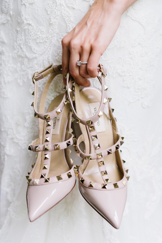 bride-wedding-shoes-valentino-rockstud