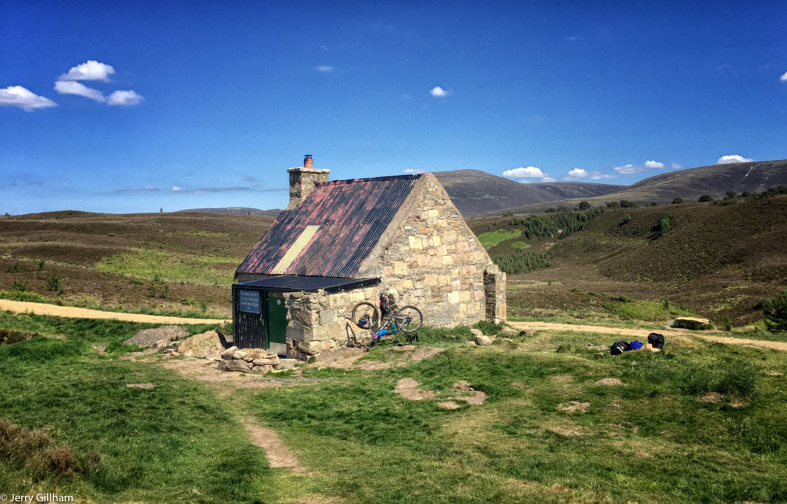 Ryvoan bothy. There were plenty of people around during the day, and early evening, but I was the only one staying that night. Sitting outside that evening was glorious; warm, calm but with enough breeze to detract midges, at least two cuckoos calling.