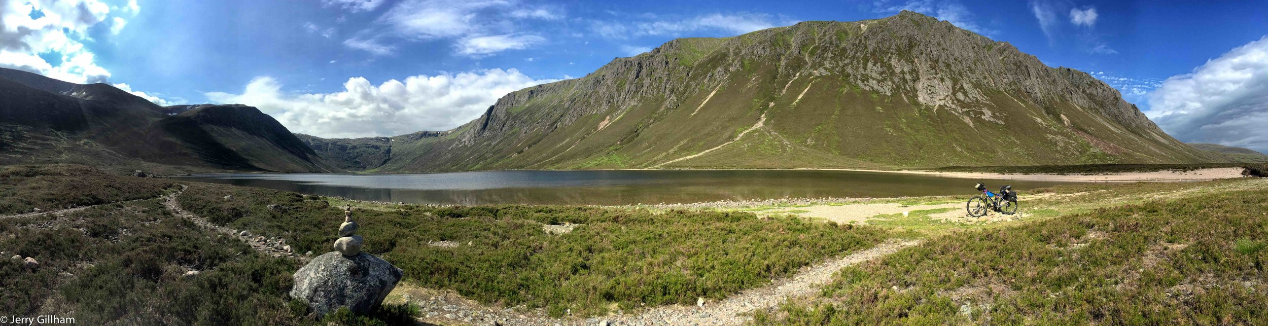 The spectacular Loch Einich.