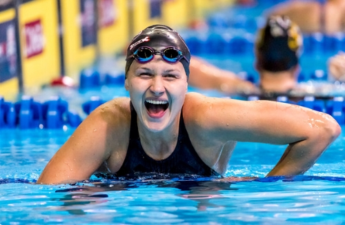 Olivia Smoliga at the final of the 100m backstroke at the Olympic Trials (Photo courtesy of USA Swimming)
