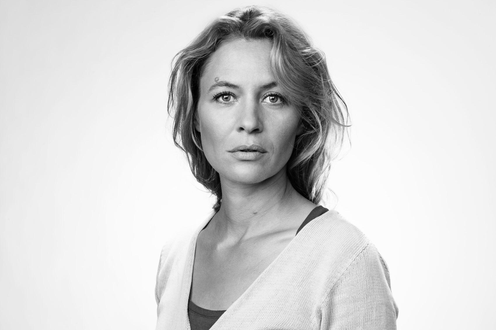 Julia Thurnau - ©Michael Schermons - 36-d-NB.jpg