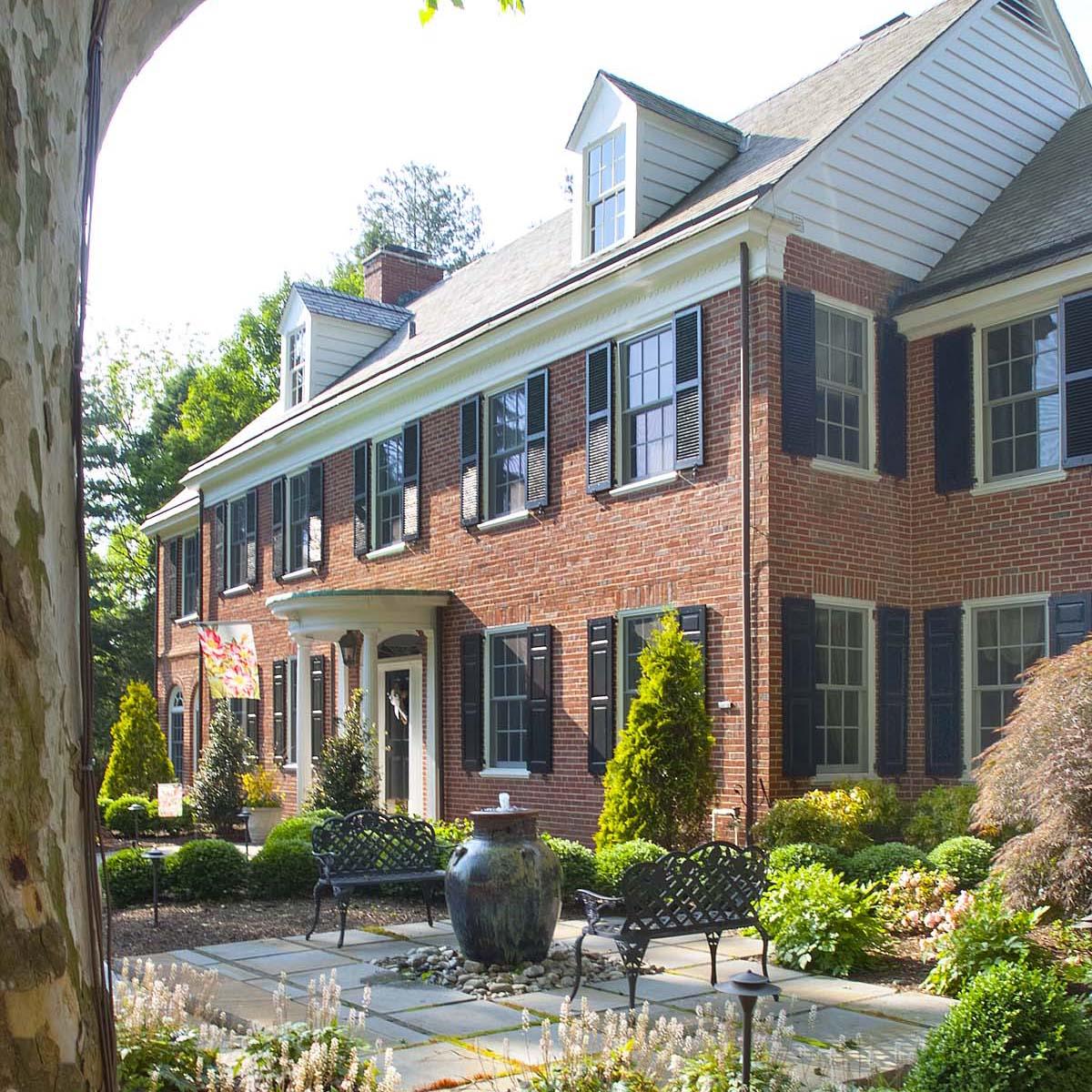 Traditional Grand Estate