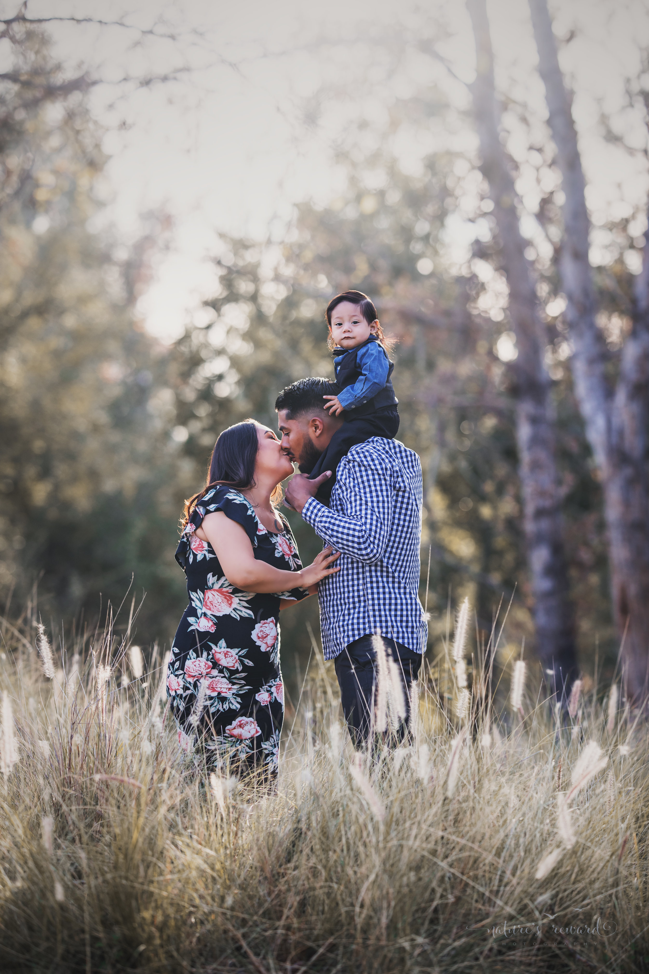Family portrait by Nature's Reward Photography