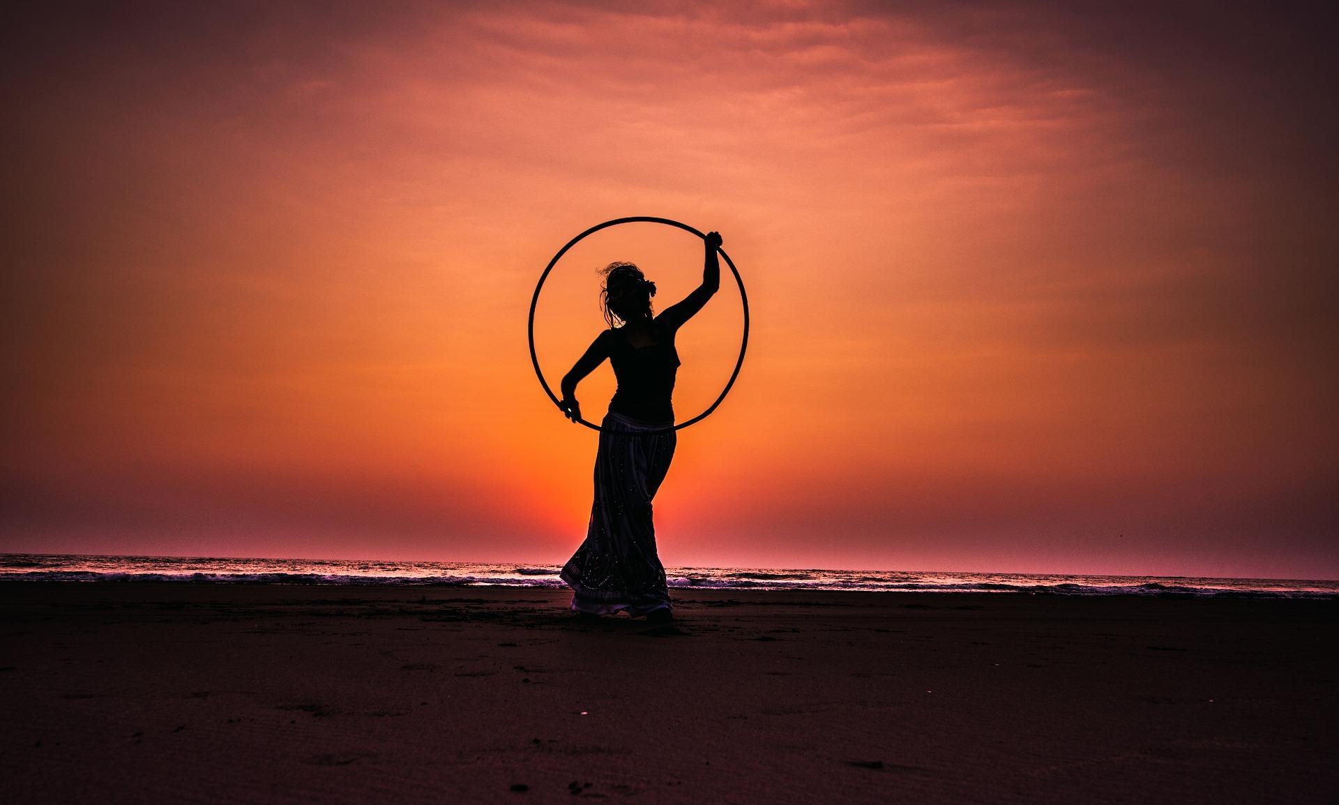 hula-hoop-2032813_1920.jpg