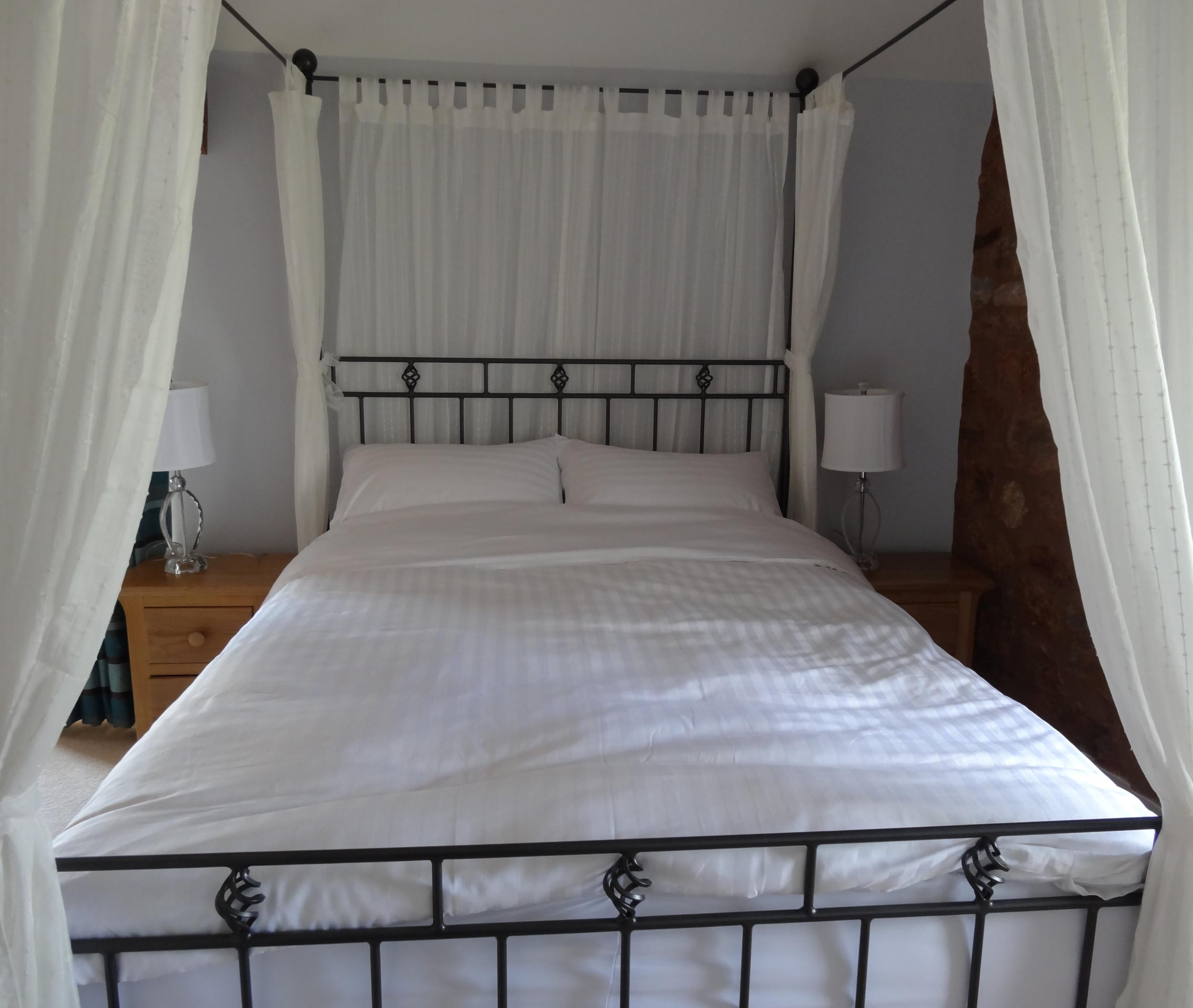 bed4 7.JPG