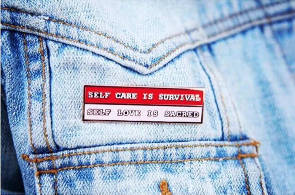 feminism-jewelry-the-self-love-pin-fashion-fred-and-far.jpeg
