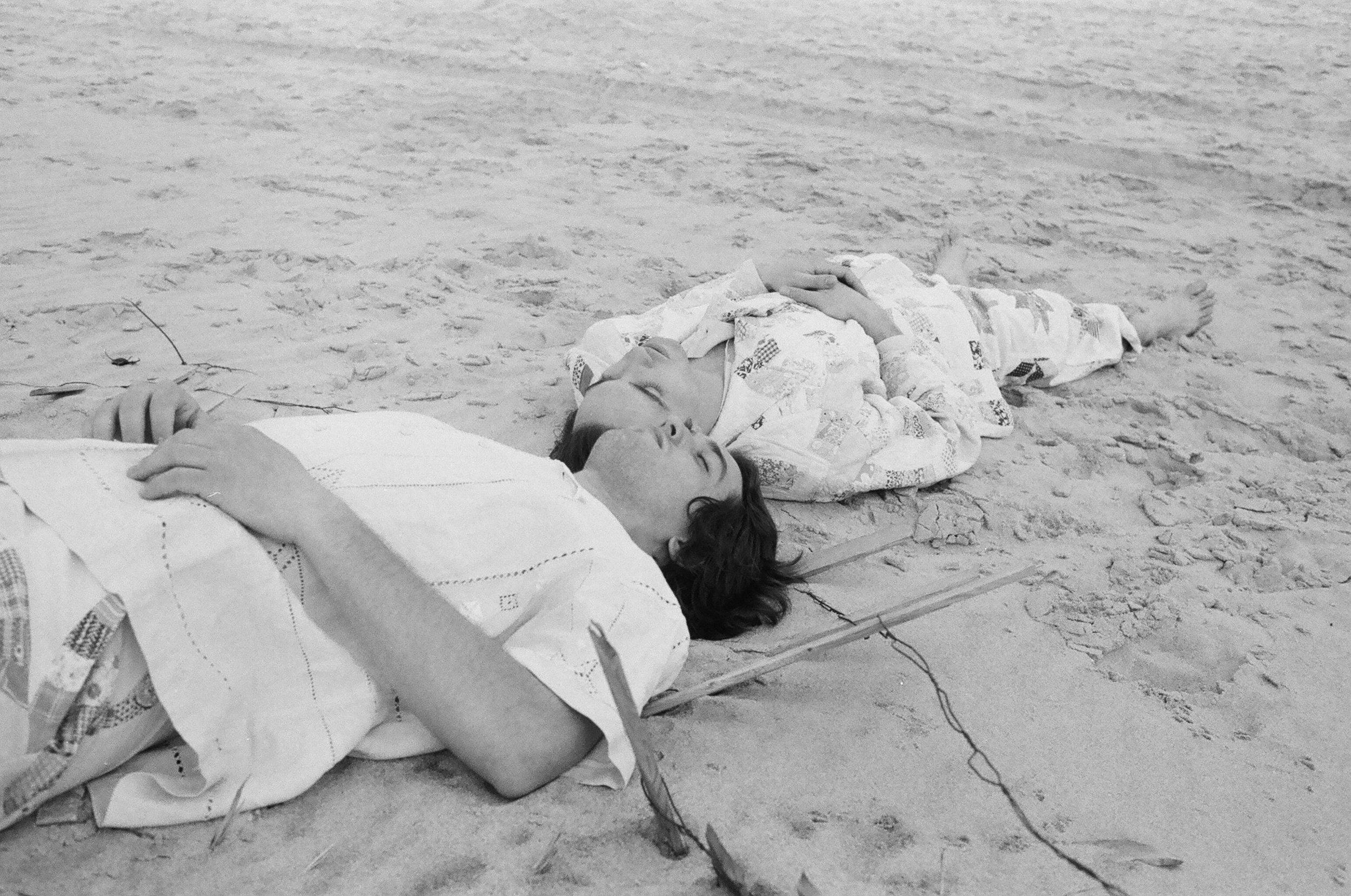 Chelsy-Mitchel-photographer-bode-nyc-fashion-beach-editorial-summer.JPG