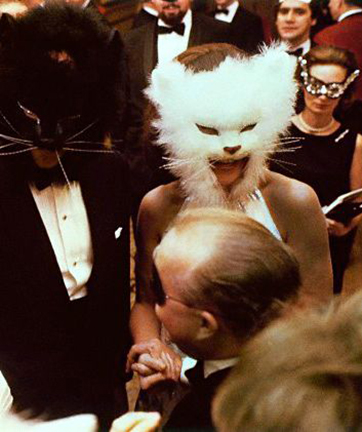 Oscar de la Renta and Francoise de Langlade at Truman Capotes Black and White Ball 1968