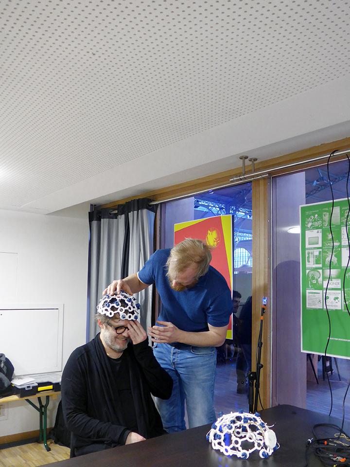 EEG_MAKERS_PARIS_02-2018_SMALL_L1110186.jpg