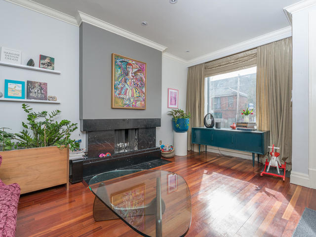 183 Seaton Street toronto ON-MLS_Size-006-6-Living Room-640x480-72dpi.jpg