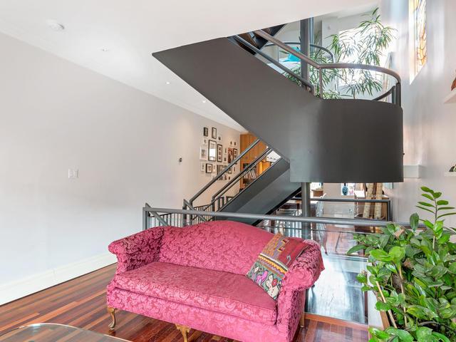 183 Seaton Street toronto ON-MLS_Size-007-7-Living Room-640x480-72dpi.jpg