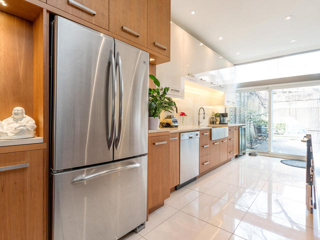 183 Seaton Street toronto ON-MLS_Size-010-10-Kitchen-640x480-72dpi.jpg
