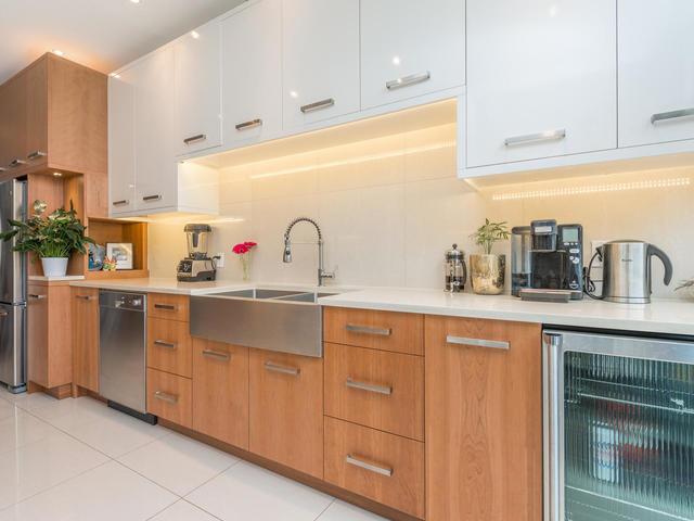 183 Seaton Street toronto ON-MLS_Size-012-12-Kitchen-640x480-72dpi.jpg