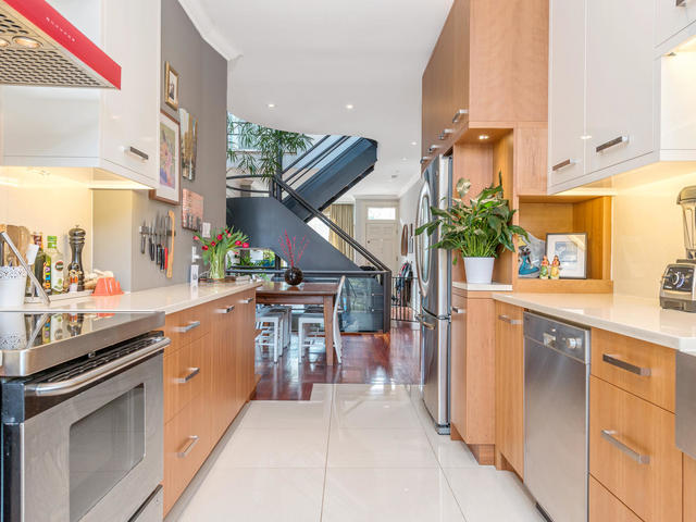 183 Seaton Street toronto ON-MLS_Size-014-14-Kitchen-640x480-72dpi.jpg