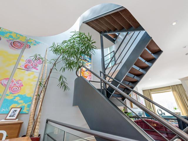 183 Seaton Street toronto ON-MLS_Size-016-16-Staircase-640x480-72dpi.jpg