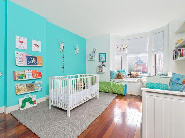 183 Seaton Street toronto ON-MLS_Size-019-19-Bedroom-640x480-72dpi.jpg