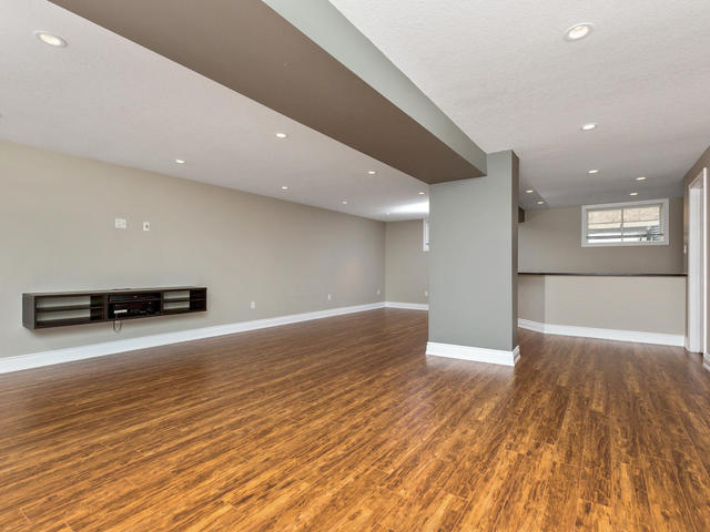 81 Soverigns Gate Barrie ON-MLS_Size-026-22-Recreation Room-640x480-72dpi.jpg