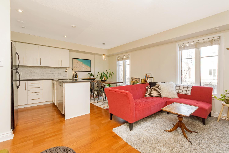 54 East Liberty 1034 Toronto-large-006-3-Living Room-1500x1000-72dpi.jpg