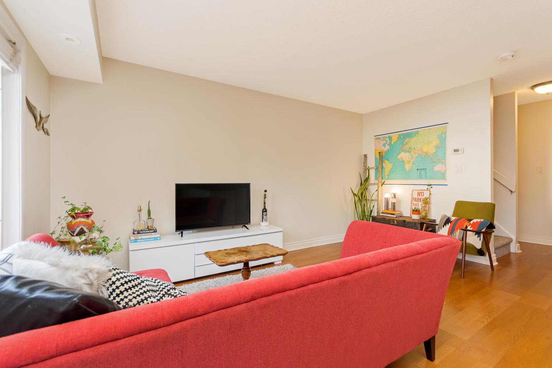 54 East Liberty 1034 Toronto-large-010-13-Living Room-1500x1000-72dpi.jpg