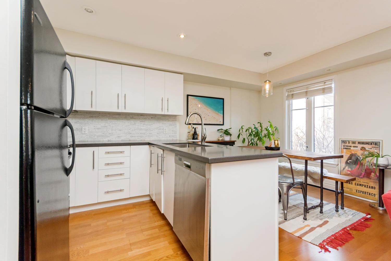 54 East Liberty 1034 Toronto-large-012-12-KitchenEating Area-1500x1000-72dpi.jpg