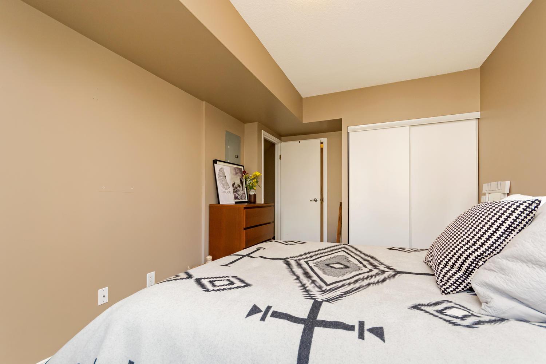 54 East Liberty 1034 Toronto-large-020-20-Master Bedroom-1500x1000-72dpi.jpg