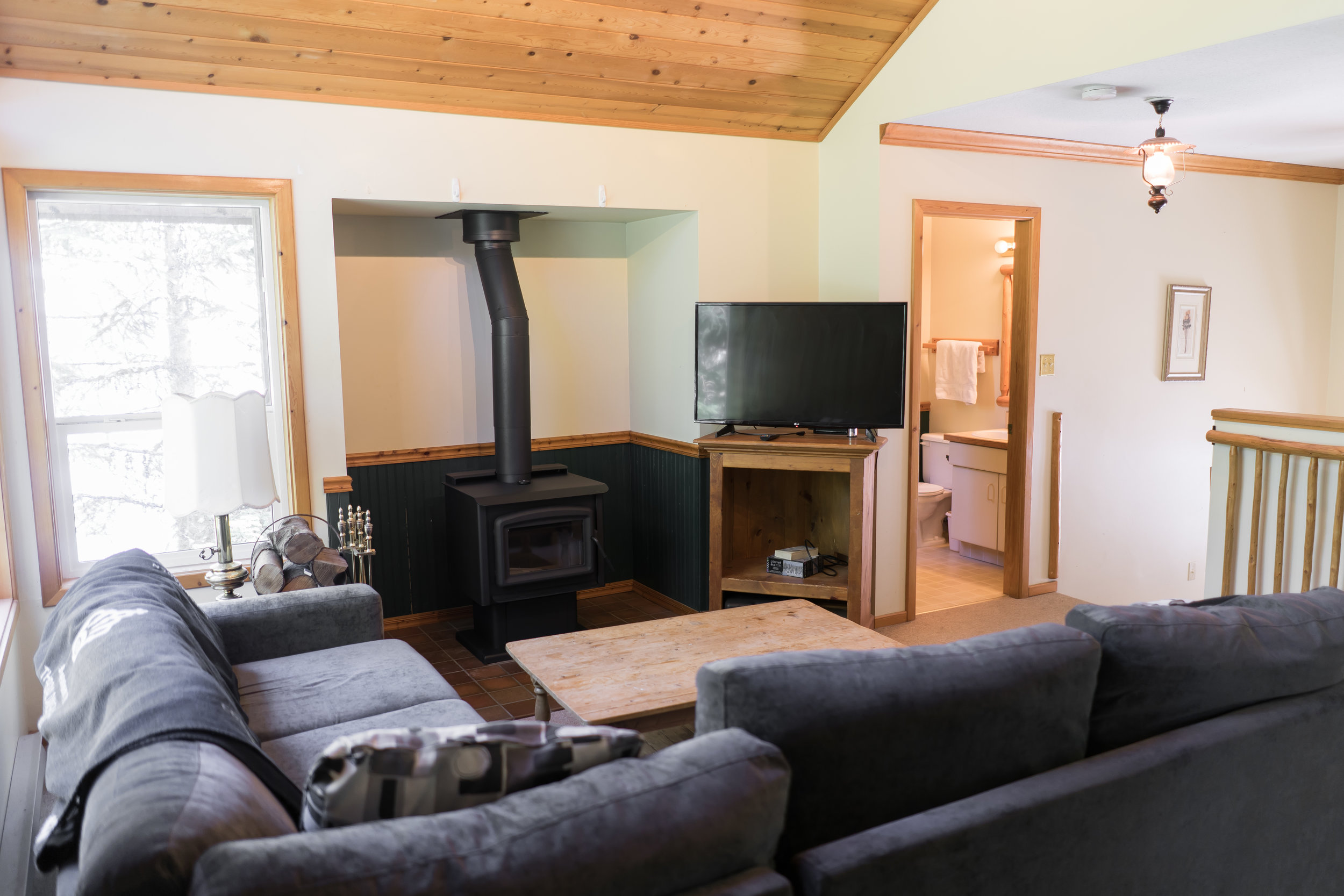 Callaghan Lodge Living Area - Ride On Whistler