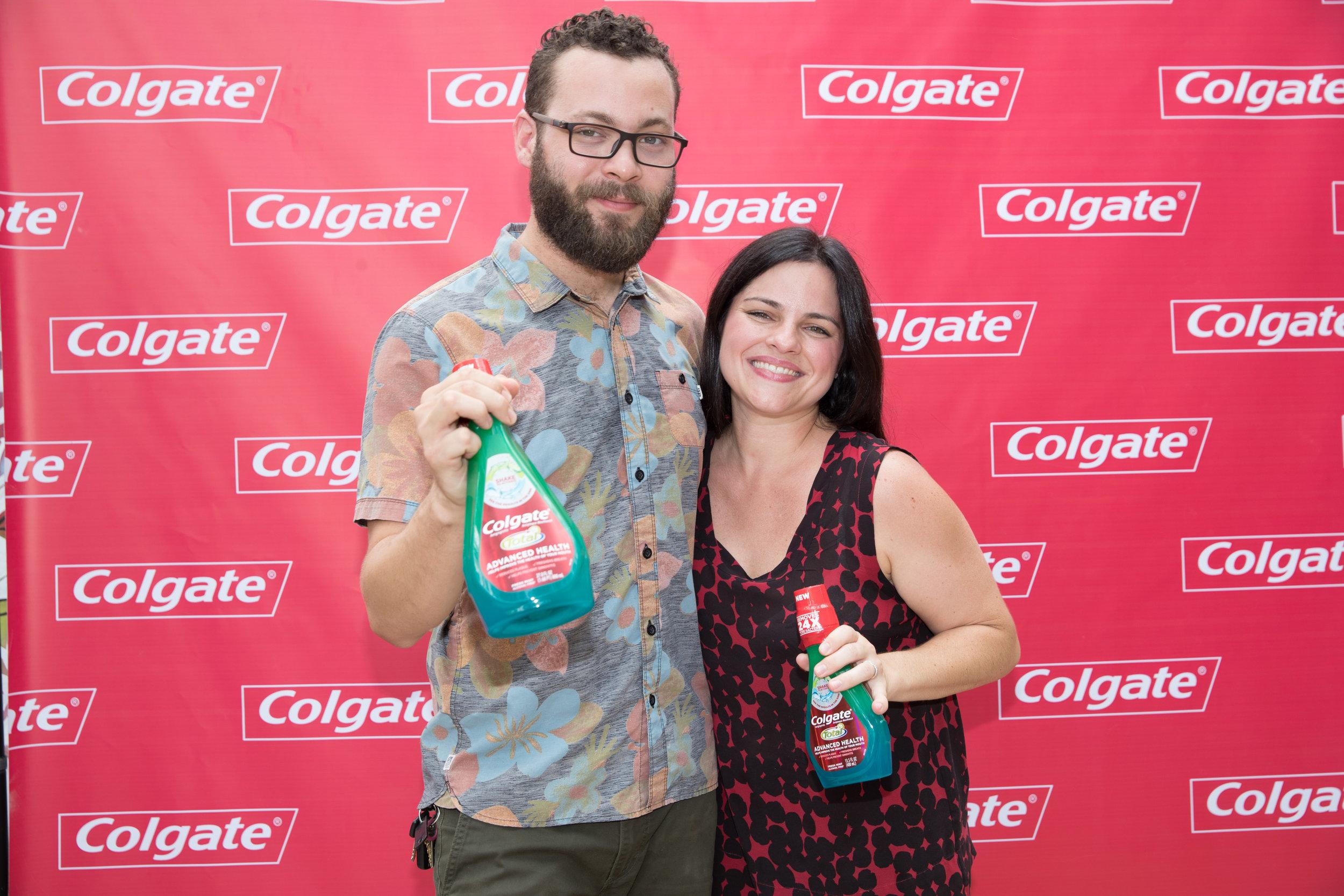 El mixólogo Carlos Irizarry y la ejecutiva, Paola Fernández. (Suministrada)