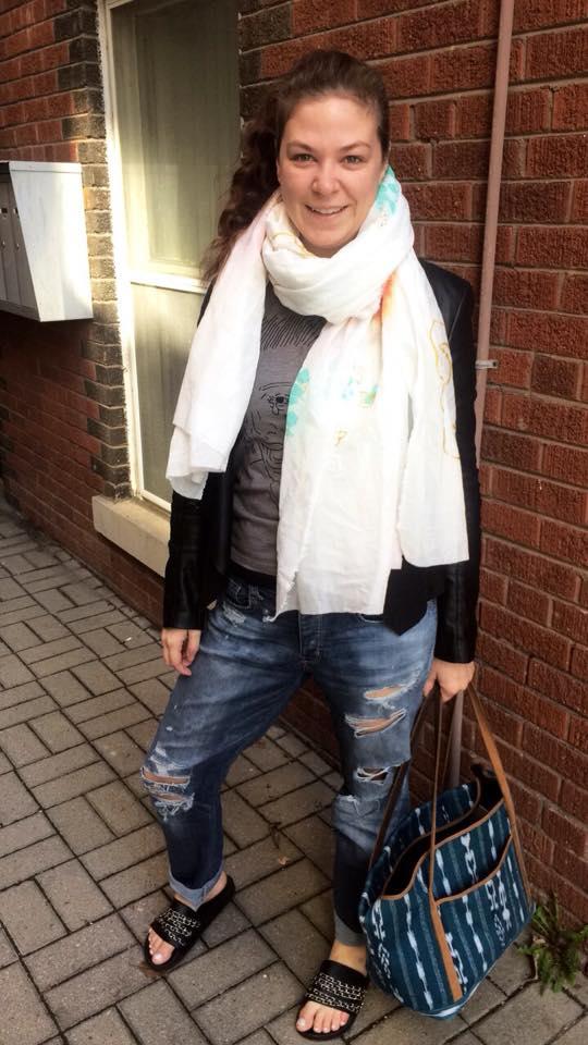 Dee Silkie wearing the JUMBO hydrangea scarf.