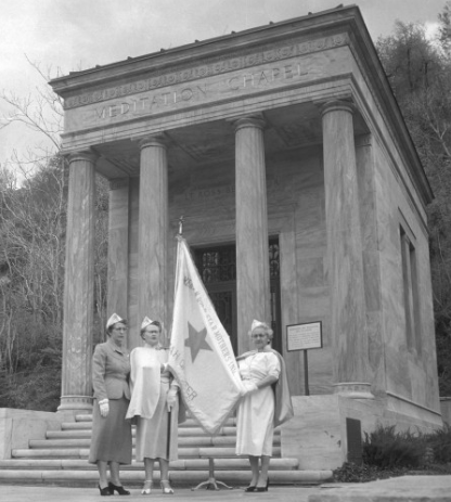 Gold Star Mothers at Memory Grove, 1956. Photo courtesy Utah State Historical Society.