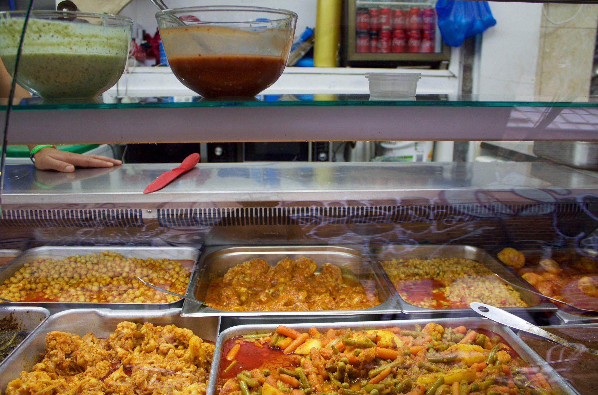 Fresh naan, kebabs and curries - Asian takeaway Peckham