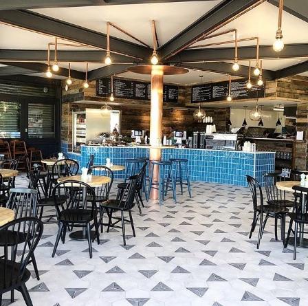 The newly refurbished Peckham Rye cafe. Image credit: @colliciuk