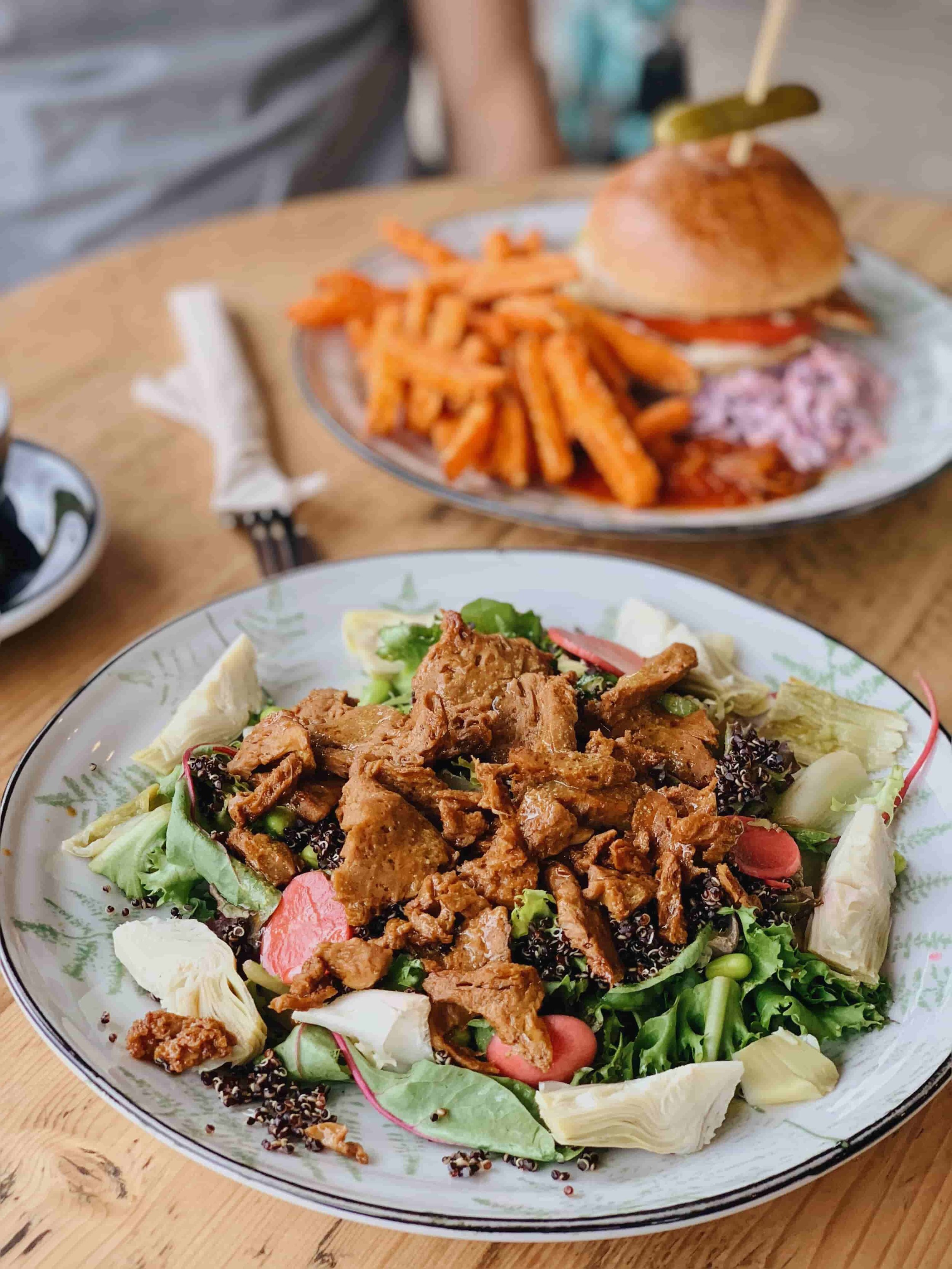 Southern Fried Seitan Superfood Salad - Peckham Rye cafe has a variety of vegan /veggie plates