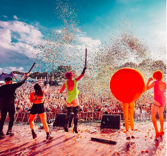 Mighty Hoopla festival Brockwell park. Image credit: @mightyhoopla
