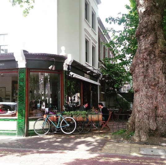 The gorgeous Petitou cafe in Peckham. Image cred: @petitou_choumert_road