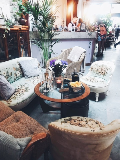 Shabby chic vibes at Zapoi
