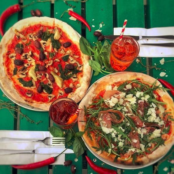 Authentic Neapolitan pizza. Image: @wellstreetpizza