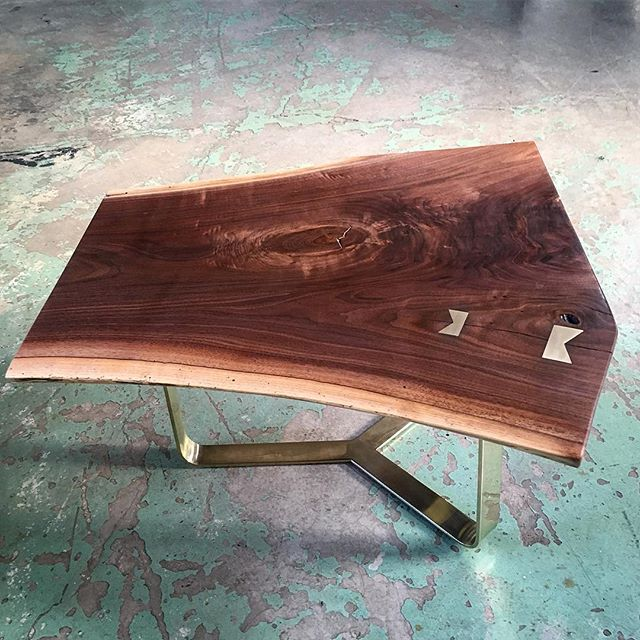 Some jewelry for the home. One of two paired #liveedge #walnut #coffeetable with #brass base and bow ties. #furnituredesign #handmade #woodworking #customfurniture #chicagodesigner #tinypiecesofhistory