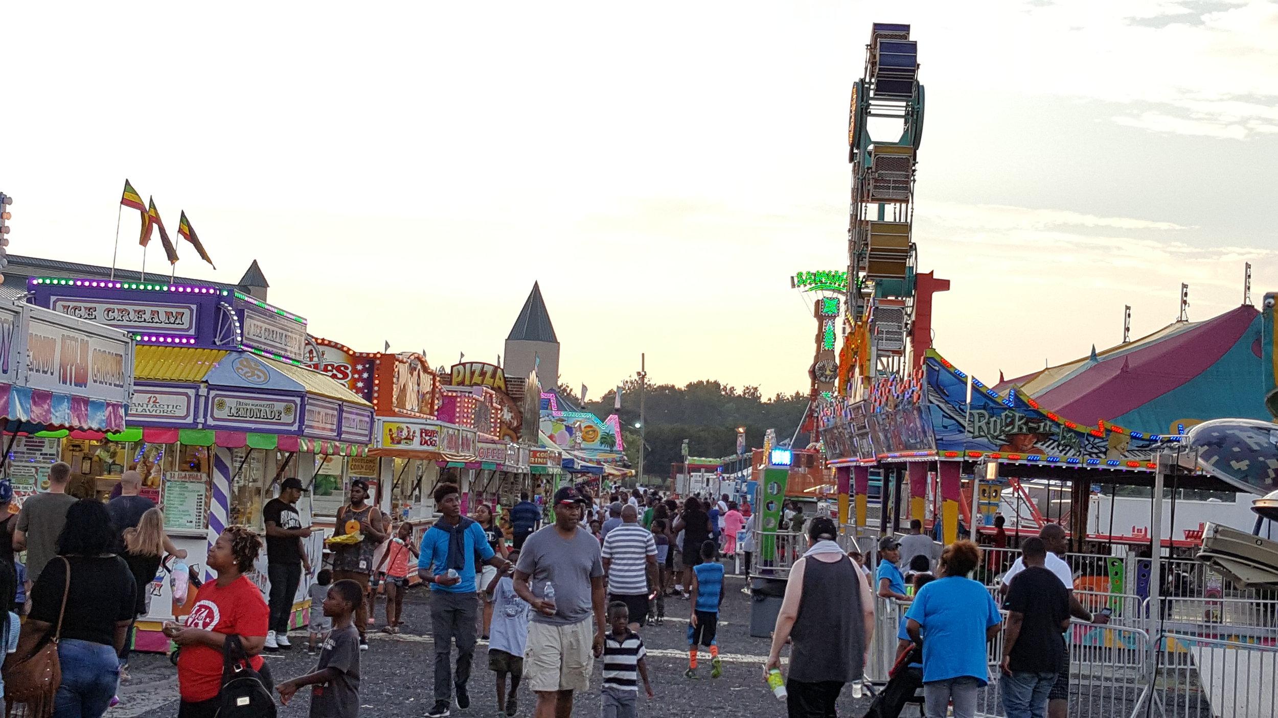 Jolly Carnival Rides