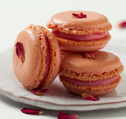 rose macarons.jpg