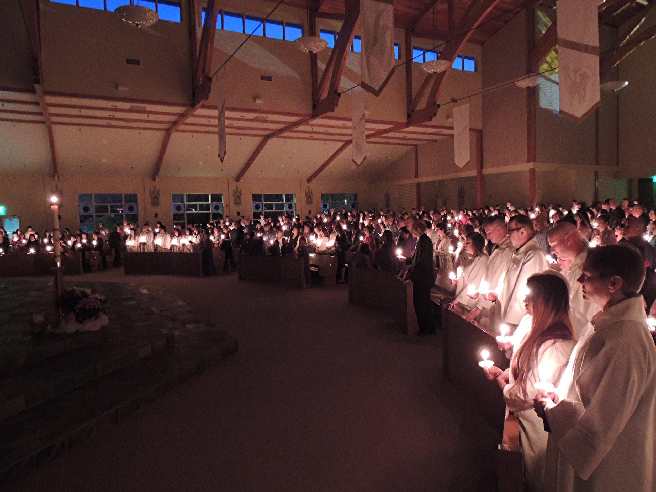 2019-0420-144-Candles.JPG