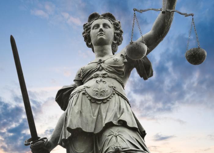 """<a href=""""https://www.johnstonandstreet.com/criminal-law"""">Criminal Law</a>"""