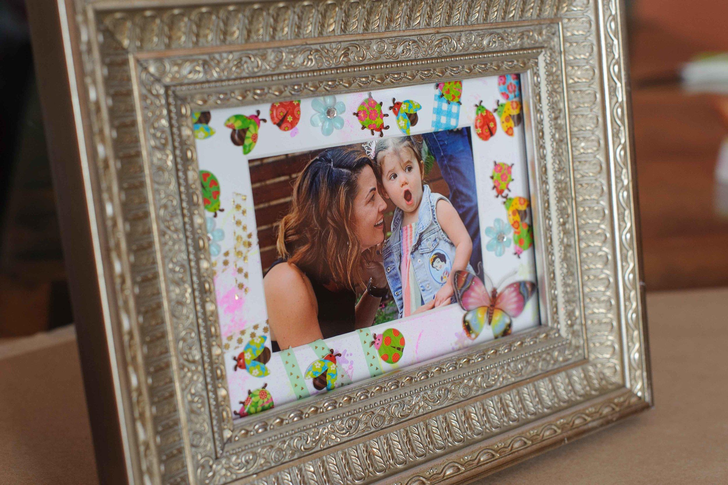 Easy DIY photo frame