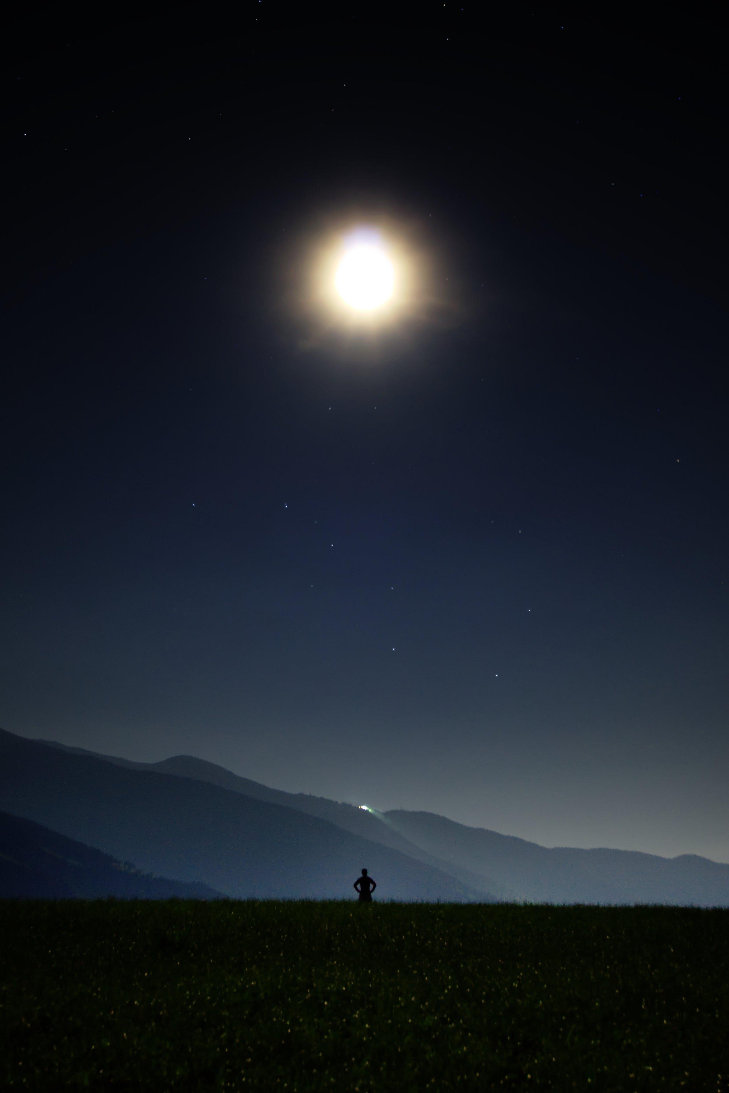 night-913046.jpg
