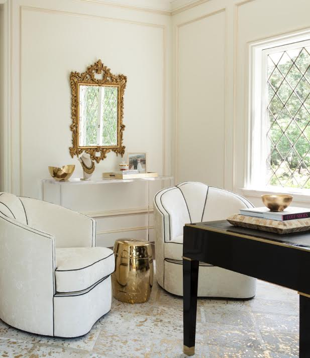 A beautiful home office designed by  Kendall Wilkinson Design . Photographer:  Lisa Romerein