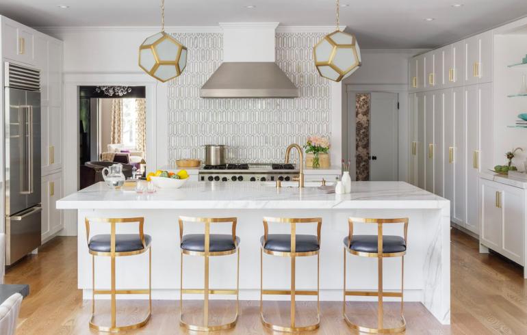 A modern glam kitchen designed by  Melanie Coddington . Photographer:  David Duncan Livingston
