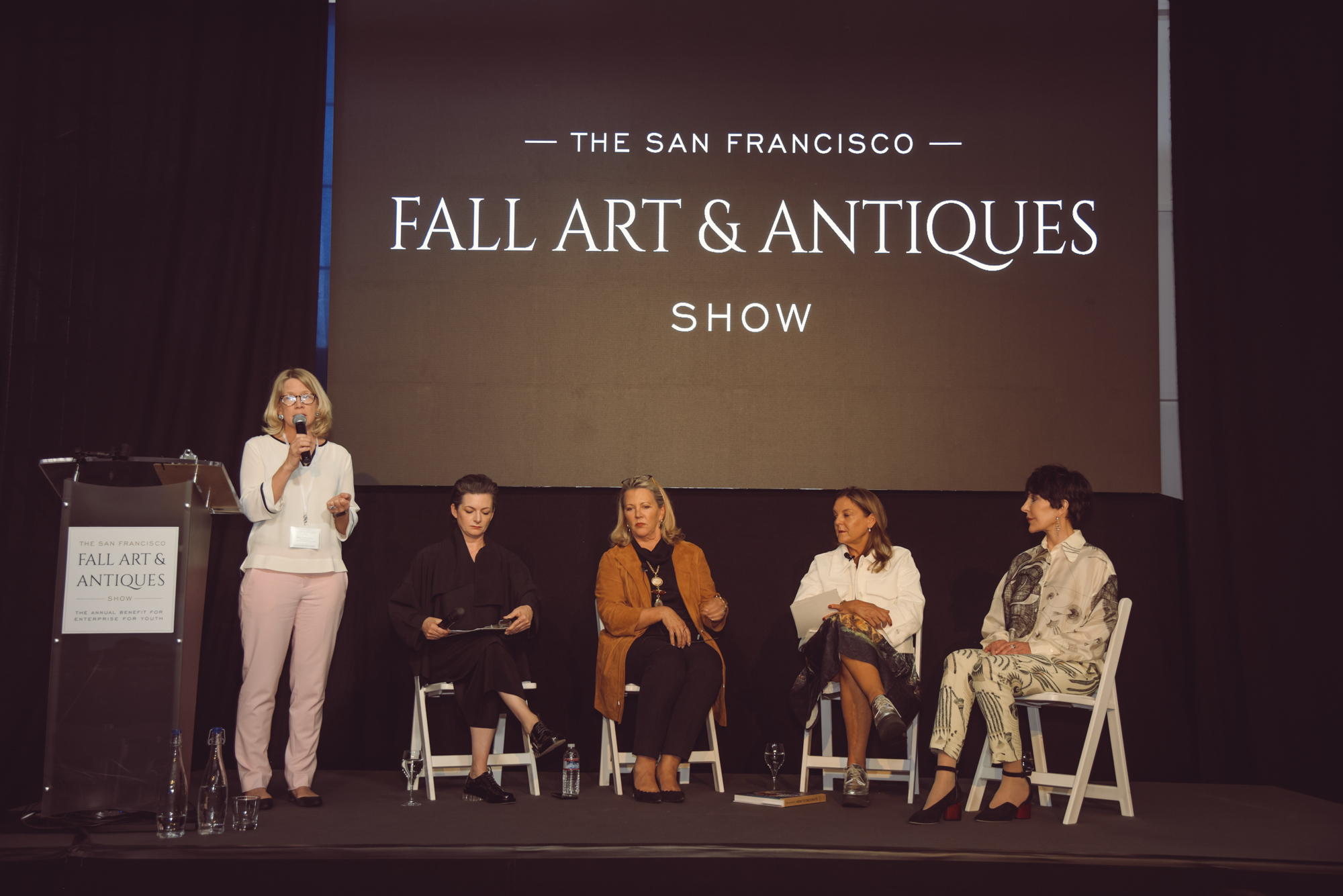 The Director of The San Francisco Fall Art & Antiques Show, Ariane Trimuschat, introduced the esteemed panelists and moderator.