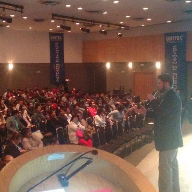 Conferencia UNITEC.jpg