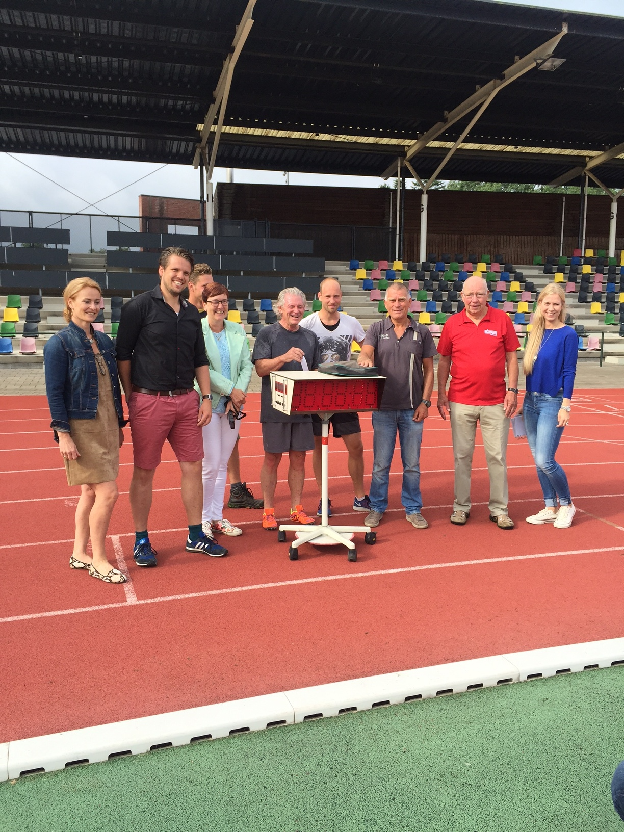 The Gang from the Fanny Blankers-Koen Stadion after the 5000m