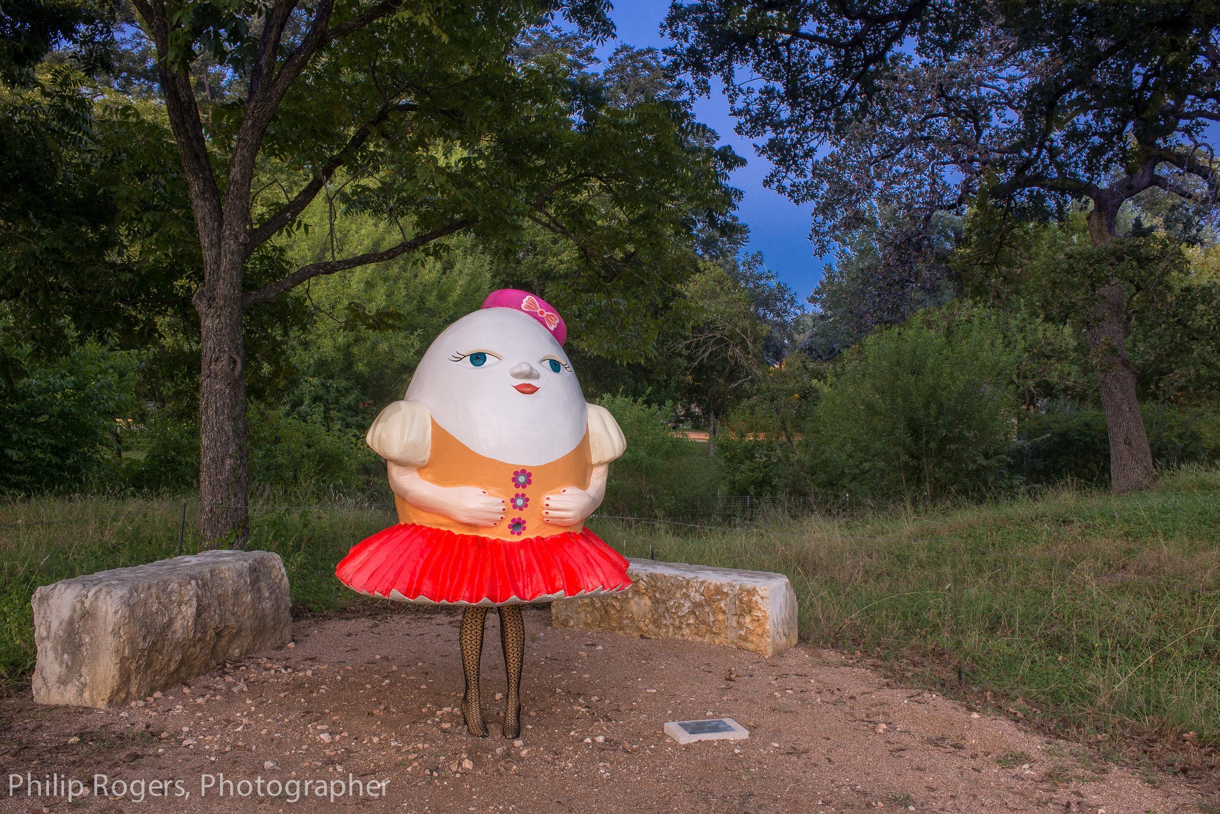 Mrs Humpty Dumpty Philip Rogers Photo-15.jpg