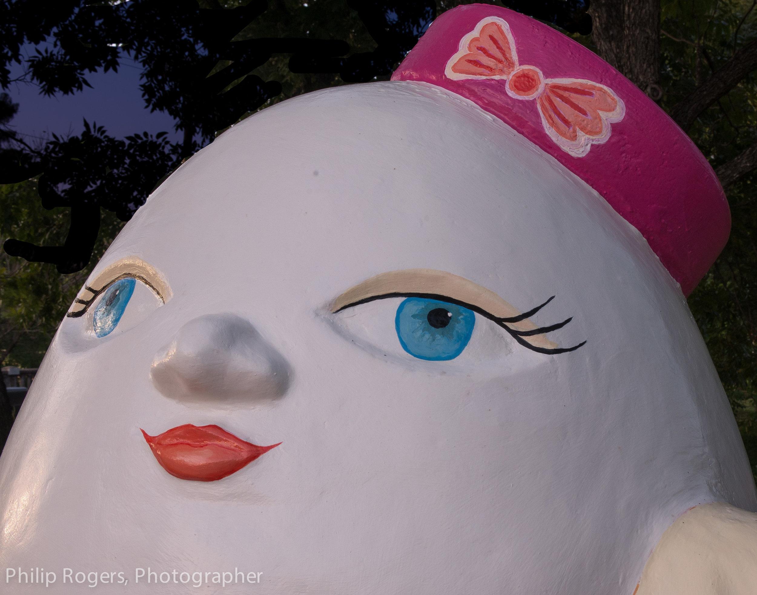 Mrs Humpty Dumpty Philip Rogers Photo-17.jpg